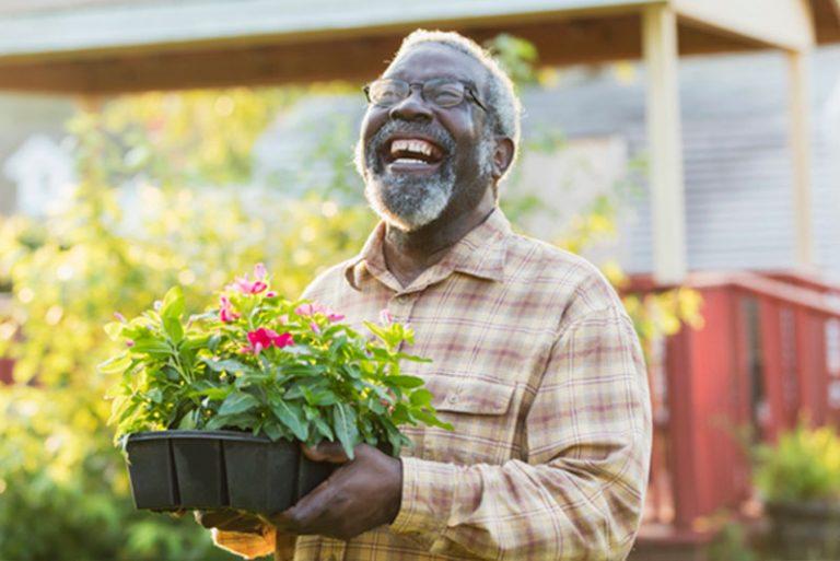 happy-senior-gardening